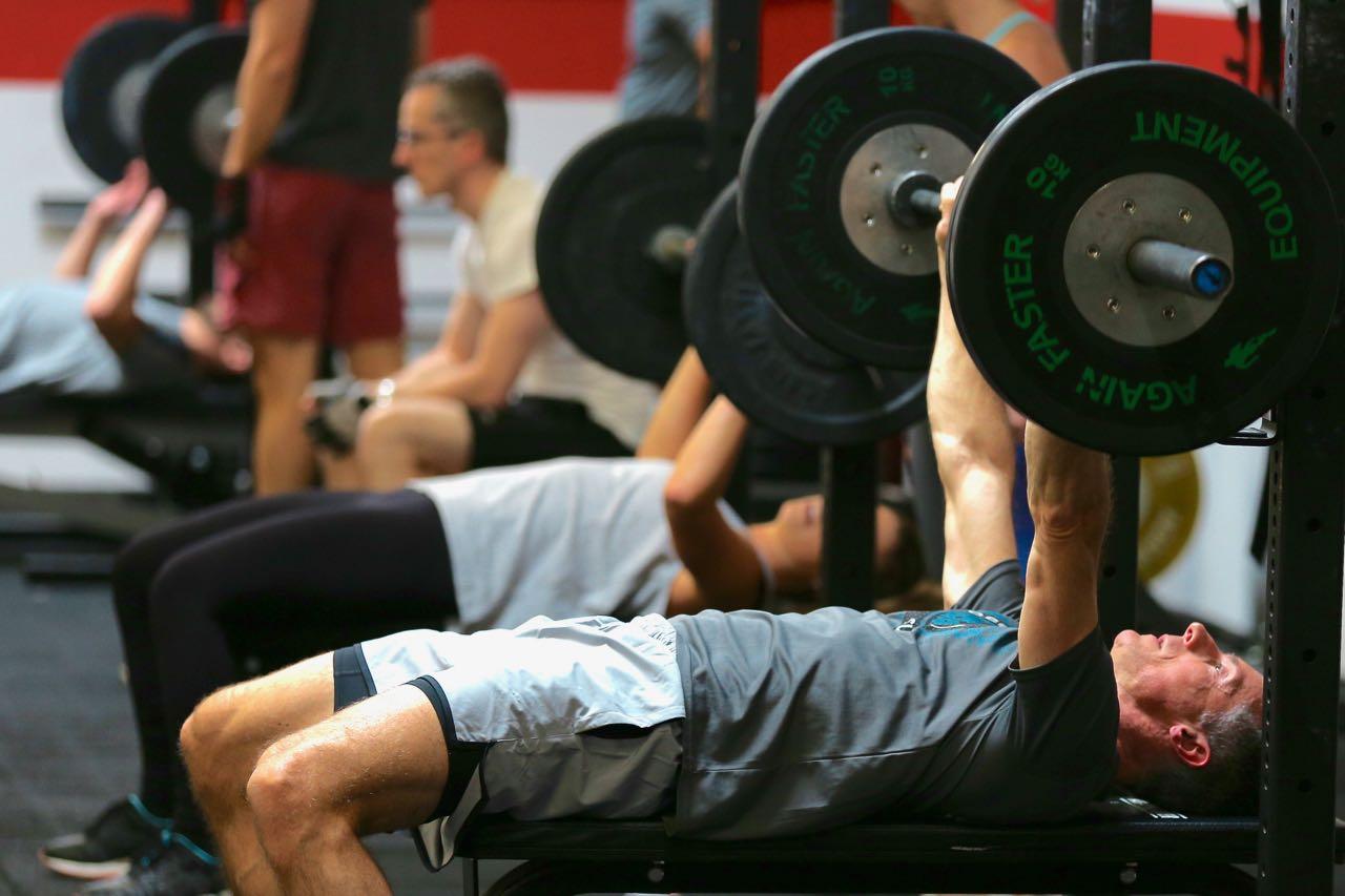 CrossFit Le Rouge WOD heavy day bench press renforcement