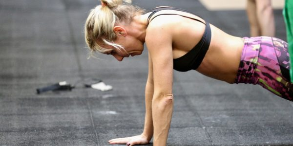 CrossFit Le Rouge WOD benchmark Chelsea pull ups push ups air squats
